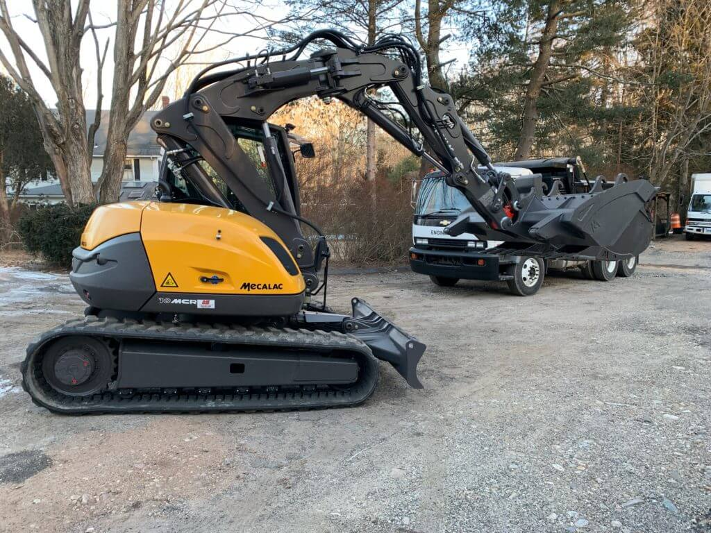 Mecalac Skid Excavator Moving